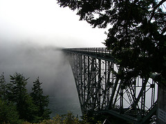 """""""Deception Pass"""" by gemteck1 (2008), shared under a Creative Commons Attribution License"""