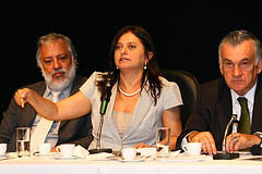 """""""Debate Sobre"""" by Secom Bahia (2010), shared under a Creative Commons Attribution License"""